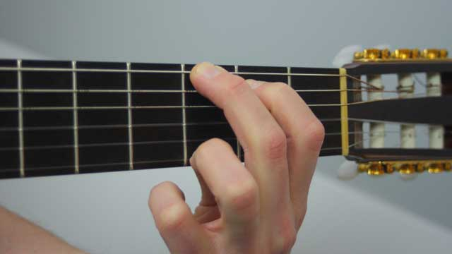 How to Play a G Chord